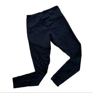 ZELLA Black capri leggings with mesh SMALL